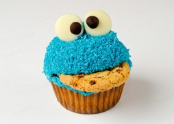 cookie-monster-cupcake-1547-1233600439-16