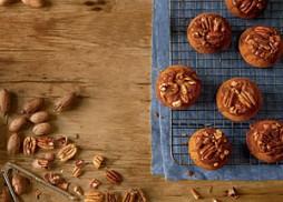 sticky-bun-pumpkin-muffins-sl-l