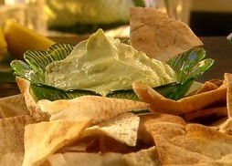 PA1213_Avocado-Goat-Cheese-Dip-and-Whole-Wheat-Pita-Chips_e