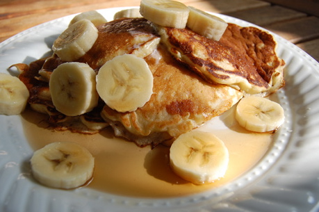 Whole Wheat Banana Pecan Pancakes